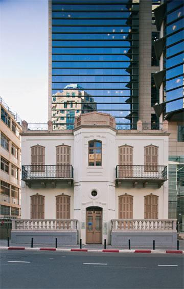 בית מני בתל אביב, שחודש בידי בר אור (צילום: נעה שטרייכמן)