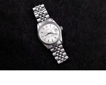 מתנה מבת הזוג, גיתית פרידברג. שעון וינטג' של רולקס (צילום: ענבל מרמרי)