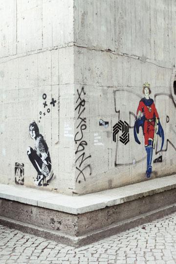 גרפיטי על קירות הבניין (צילום: Ailine Liefeld for Freunde von Freunden)