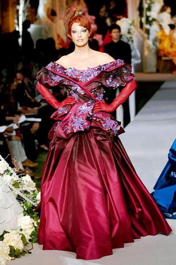 ההופעה האחרונה על המסלול: אוונג'ליסטה בתצוגת העילית של בית האופנה כריסטיאן דיור, 2007 (צילום: gettyimages)