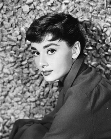 """אודרי הפבורן. """"כילדה, לא באמת הייתי קרובה לדימוי שלה כשחקנית. עבורי היא היתה משפחה"""", אומרת אמה פרר (צילום: gettyimages)"""