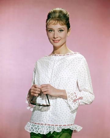 אייקון אופנה נצחי. אודרי הפבורן, 1960 (צילום: gettyimages)