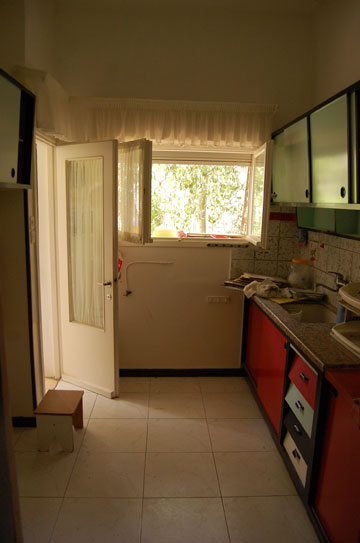 כך נראה המטבח הישן (צילום: יונתן דר)