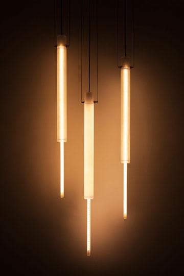 צינורות ותאורת לד. 011 של נעמה הופמן (יעל אנגלהרט)