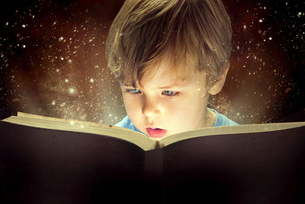 בורחים מהחום והבלגן ונשארים בבית, עם הספרים (צילום: shutterstock)