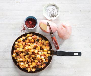 הכנת תפוחי האדמה (צילום: דני לרנר סגנון: פסי ברניצקי)