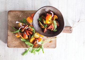 סלט עגבניות שרי (צילום: דני לרנר סגנון: פסי ברניצקי)