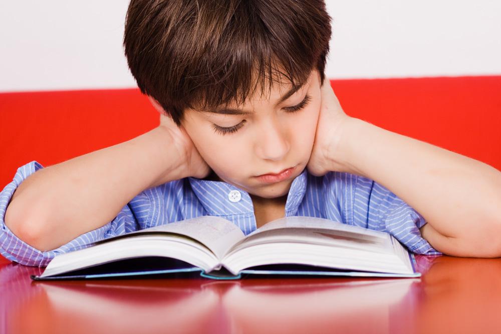 """""""הילד שלי, שקיבל מורה עם דף נקי, הצליח לפתוח את הסתימה הפנימית שלו, שנתנה פקודת האטה בין המוח לפה"""" (צילום: shutterstock)"""
