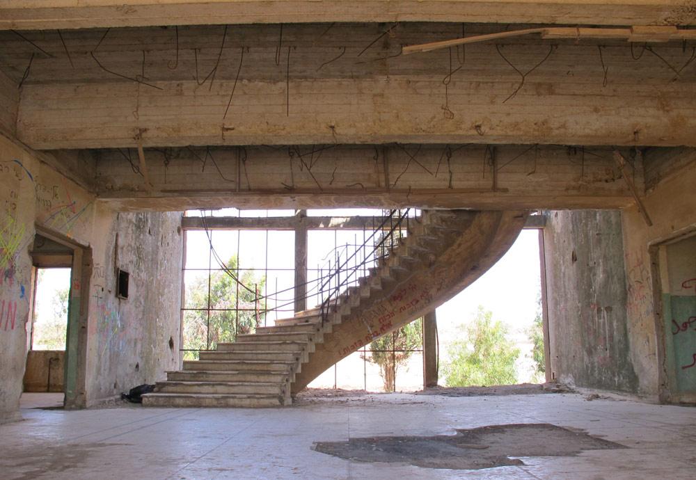 למעשה, ראשוני המתיישבים הישראלים אחרי מלחמת ששת הימים השתכנו כאן ממש, לפני שפנו להקים את רמת מגשימים (צילום: מיכאל יעקובסון)