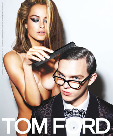 קמפיין של טום פורד. עירום ומוטיבים פטישיסטיים
