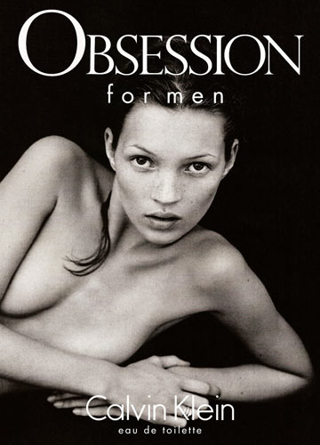 קייט מוס בקמפיין של קלווין קליין בשנות ה-90. ההרואין שיק עורר לא מעט כעסים