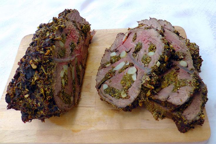 צלי כתף בשר עם עשבי תיבול (צילום: אסנת לסטר)