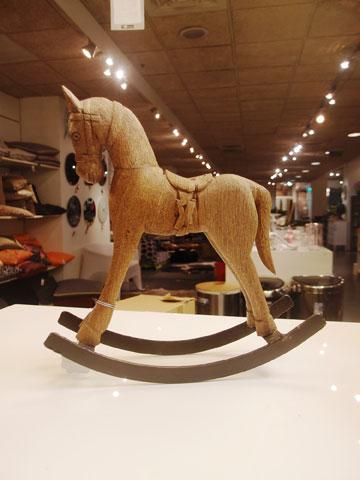 סוס עץ דקורטיבי, 310 שקלים (צילום: גילי אונגר)