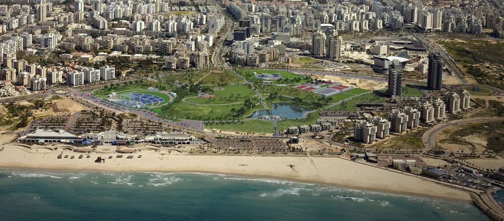 אחד הפרויקטים הגדולים ביותר: פארק אשדוד ים. בין השאר יהיה כאן אגם מלאכותי, פארק המתחשב בילדים עם צרכים מיוחדים, וכמובן חיבור לחוף (הדמיה: משרד גדעון שריג אדריכלות נוף )