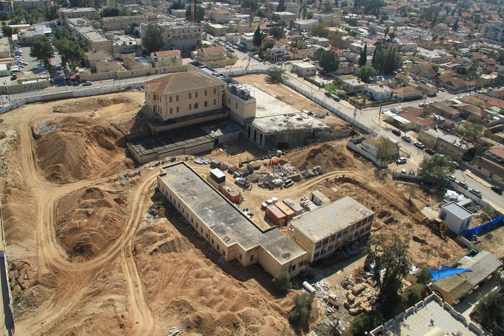 צילום מהאוויר של העבודות בפארק המדע בבאר שבע. חבל שהוא מוקף גדר (צילום: פארק קרסו למדע)