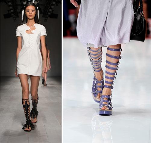מימין: סנדלי גלדיאטור גבוהים בתצוגות האופנה של אקנה ושל מריוס שוואב (צילום: gettyimages)