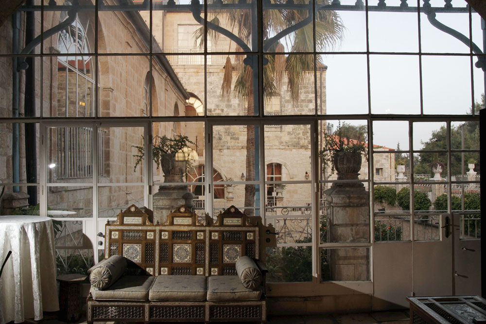 סלמה לגרלף זכתה בפרס נובל בעקבות ''ירושלים'', שבו תיארה את תלאות בני המושבה האמריקאית האומללים. משכנם הפך, כמה אירוני, למלון הפאר ''אמריקן קולוני'' ששומר היטב על זכרם (צילום: אלכס קולומויסקי)