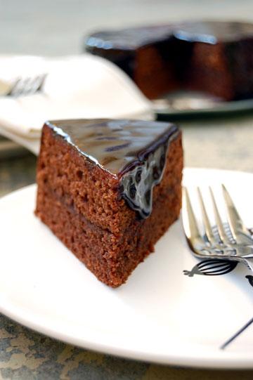 זאכר טורט - עוגת שוקולד וינאית (צילום: Rosa Mayland)