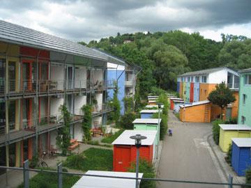 שכונה אקולוגית בפרייבורג. פחות מכוניות, יותר בריאות (צילום: Claire7373 Andrewglaser, cc)