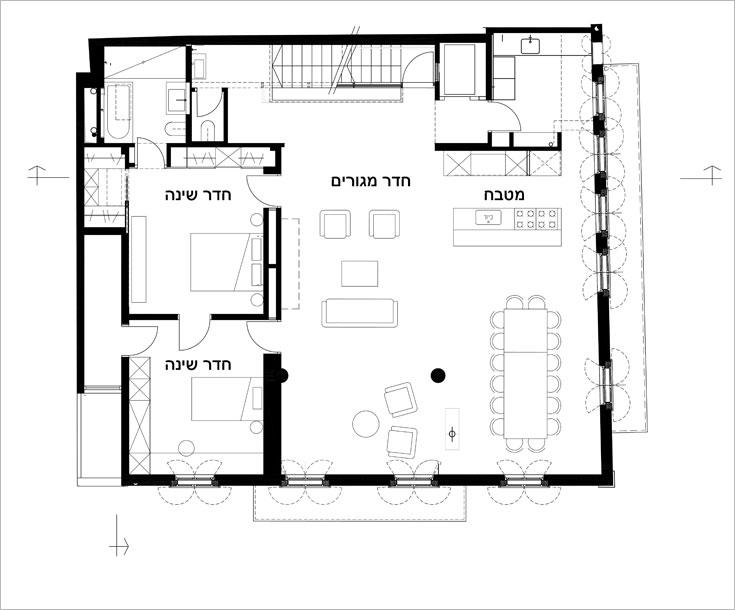 תוכנית קומת המגורים: רק שני חדרי השינה נבנו לפי חלוקת החדרים המקורית (תוכנית: אדריכל אורי גלזר בשיתוף עם אדריכלית נילי גל מסטר)