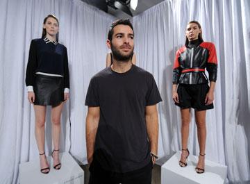 עוד קשר ישראלי: המעצב הצעיר ג'ונתן שימחאי (צילום: gettyimages)