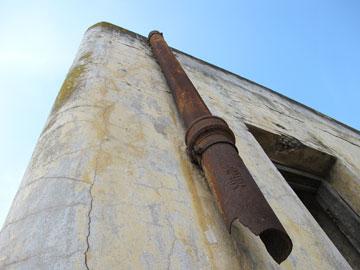 אדריכלות התקופה. תחנת באר טוביה (צילום: מיכאל יעקובסון)