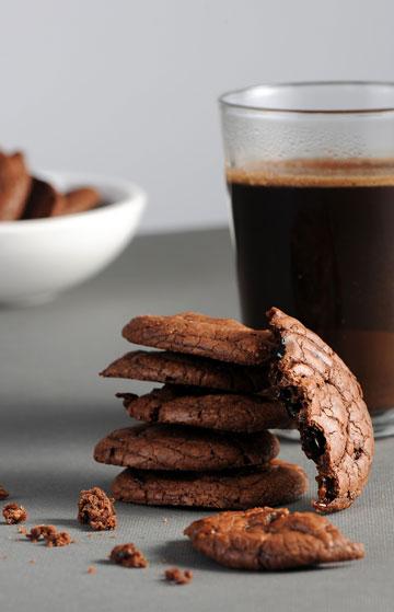 עוגיות שוקולד-טופי (צילום: חגית גורן, סגנון: בלה רודניק)