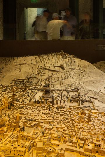 אם וכאשר יימצא התקציב, הממצאים יוצגו במוזיאון מגדל דוד (צילום: טל ניסים)
