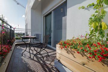 המרפסת (צילום: אילן נחום)