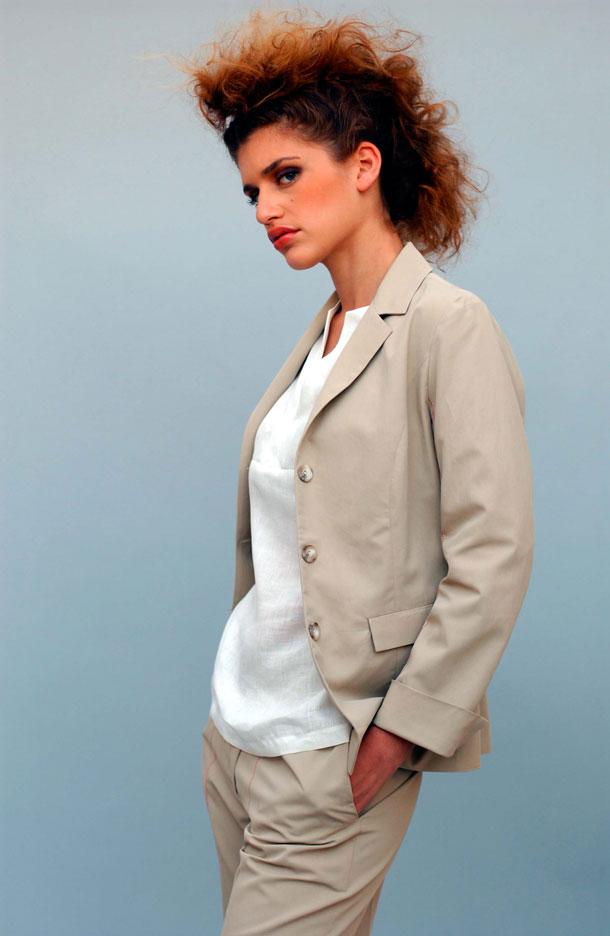 """אוסף א""""א 100% כותנה, אילנה אפרתי 2003 (צילום: עדו איז'ק)"""
