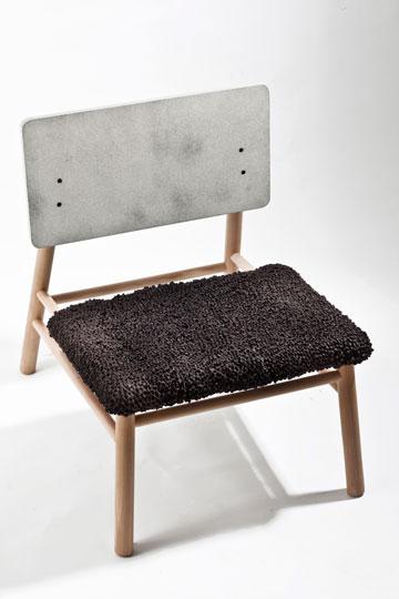 איך מרגישים כשיושבים על הכיסא של ניר מאירי? (צילום: אסף ורן ארדה)