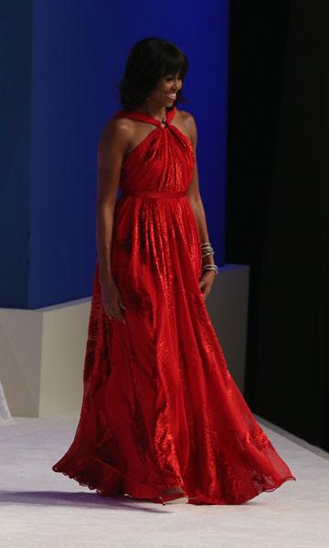 מישל אובמה בשמלה של ג'ייסון וו (צילום: gettyimages)