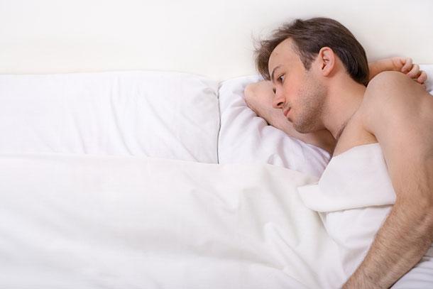 עדיין ישן באלכסון? כנראה שזה בגלל איקאה (צילום: shutterstock)