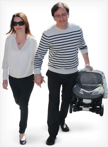עם בן זוגה, נדב איל, לאחר לידת בנה השני (צילום: ניר פקין)