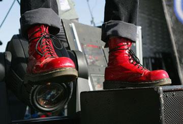 """נעלי החובה של תחילת הניינטיז: ד""""ר מרטינס (צילום: gettyimages)"""