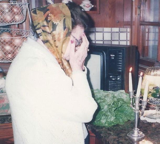 צמה גם בגיל 97. סבתא חנה לסטר (צילום: אסנת לסטר )