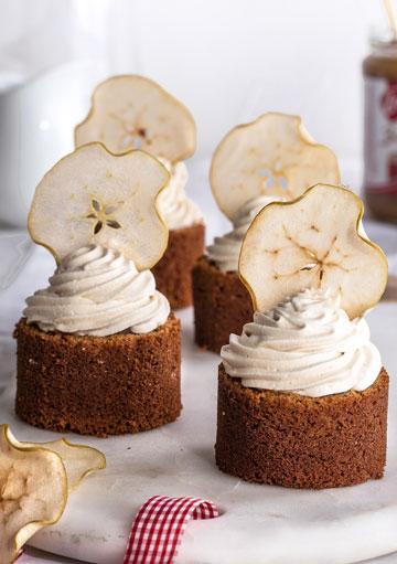 מאפינס דבש, תפוחים וממרח לוטוס (צילום: שרית גופן)