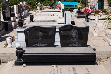 צפוף כאן. 700 קברים לדונם בבית הקברות האלטרנטיבי (צילום: טל ניסים)