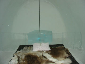 מלון קרח בשוודיה (צילום: Tom Corser, cc)