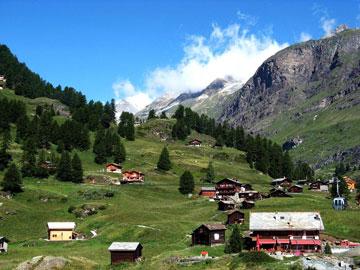 ציורית ויקרה. זרמט (צילום: Zermatt photos, cc)