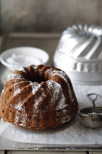 עוגת אגוזים וקינמון (צילום: אפיק גבאי)