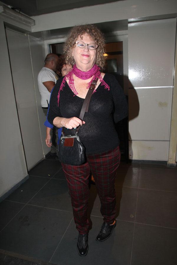 וגם טמירה ירדני, שבטח השגיחה שצביקה לא משתולל יותר מדי בהופעה (צילום: רפי דלויה)