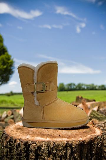 הקטלוג של Xnet. מכירת נעליים בלעדית של המותג BooRoo