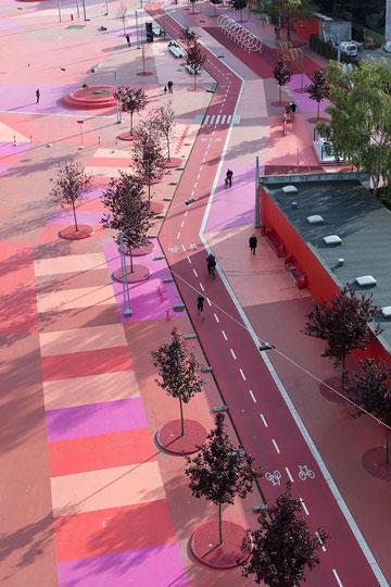 הרחבה האדומה  (צילום: Iwan Baan)