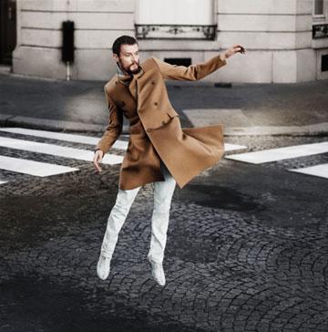 מלאכים בשמי העיר בקמפיין של מרג'יאלה ל-H&M (צילום: טיילור ווד)