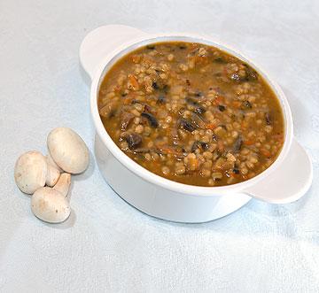 מרק גריסים. 54 קלוריות למנה (צילום: קובי בורודצקי)