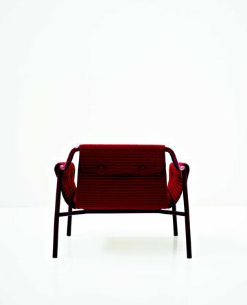 כיסא בעיצוב פטריק נורגה (פיטרו ריהוט משרדי)