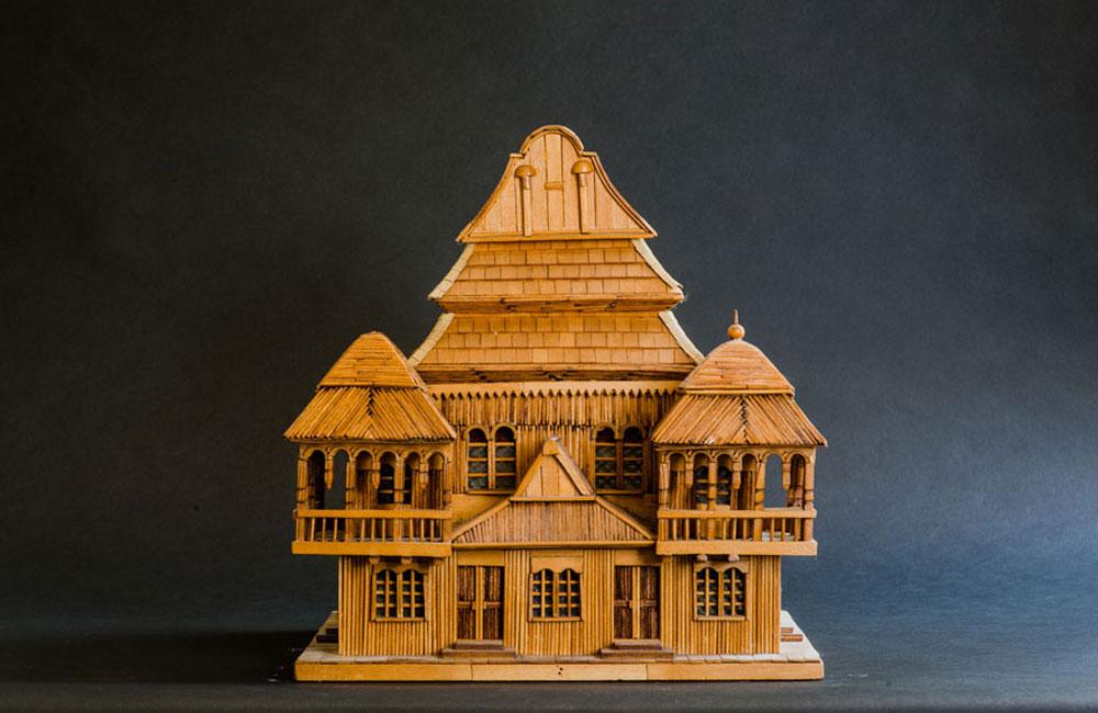 הכי עתיק באוסף: בית כנסת שנבנה מעץ ב-1643 בוולפה, עיירה במחוז ביאליסטוק, ונשרף ב-1939 (צילום: גדעון לוין)