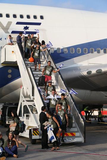 על אף המצב הביטחוני המתוח לא נרשם שום ביטול בטיסות (צילום:  שאול גולן)
