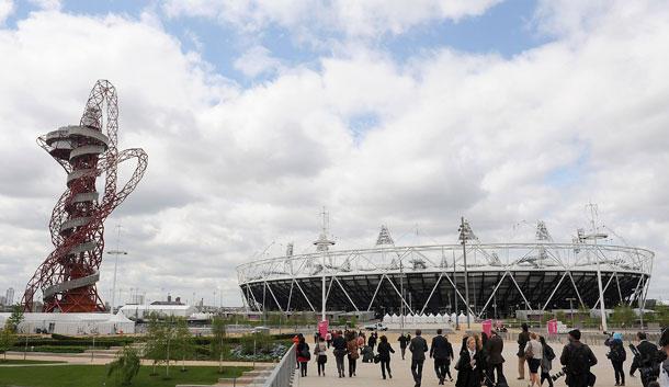כך נראו האצטדיון ומגדל התצפית בזמן האולימפיאדה (צילום: gettyimages)